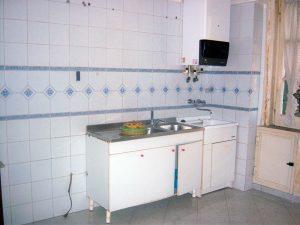 Ristrutturare un appartamento: la cucina allo stato di fatto