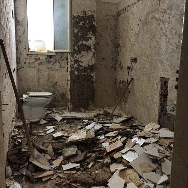 Ristrutturazione di un appartamento: giorno 1 foto 1