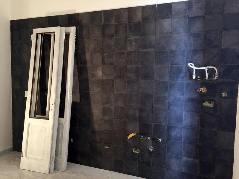 ristrutturare un appartamento: il rivestimento della cucina