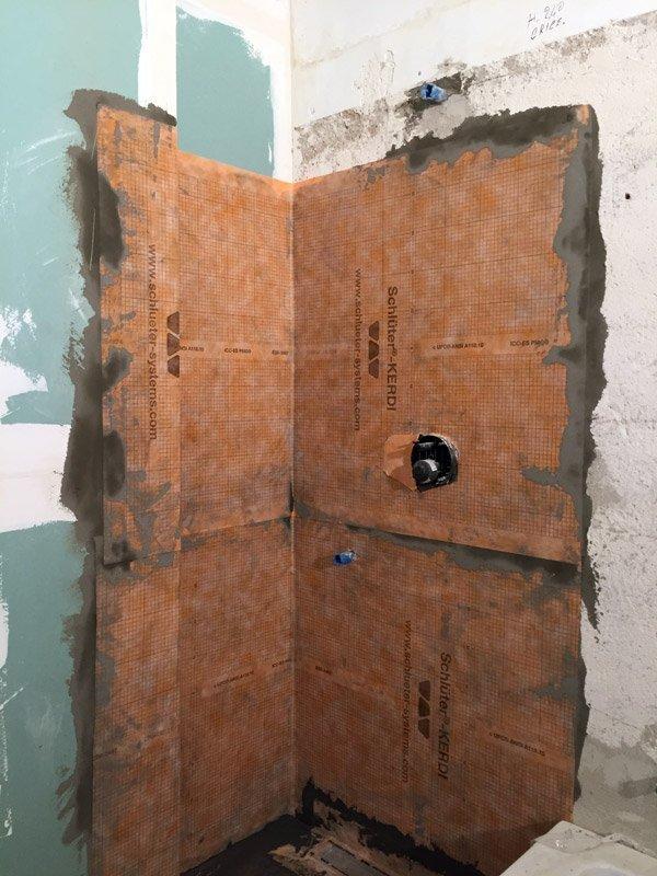 ristrutturare un appartamento guaina doccia