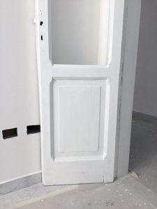 ristrutturare un appartamento: la pittura delle porte