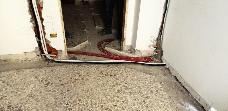 pavimento sovrapposto: tagi  in pavimento